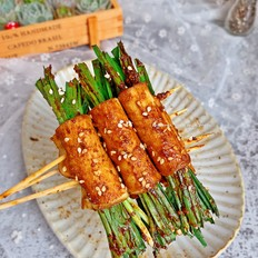 豆腐皮韭菜卷