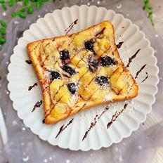 蓝莓香蕉吐司披萨
