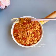 番茄浓汤烩方便面