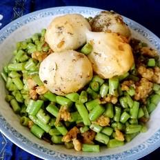 腌菜炒汤圆