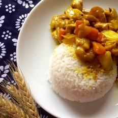 咖喱椰汁鸡肉饭
