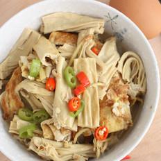 腐竹炖蛋的做法
