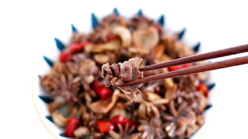 泡椒炒鸡胗的做法