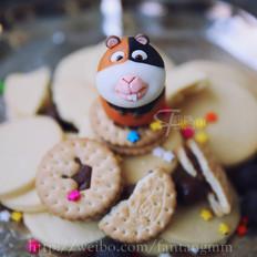 翻糖玩偶荷兰猪-这个简单的做法