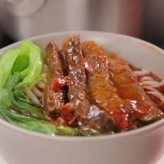 一碗漂洋过海的台湾牛肉面