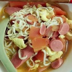 番茄鸡蛋火腿面的做法
