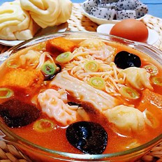 番茄金针菇丸子汤