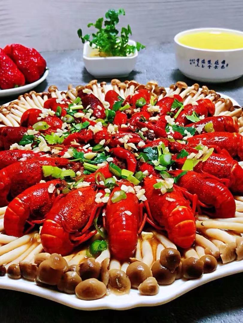 蟹味菇小龙虾