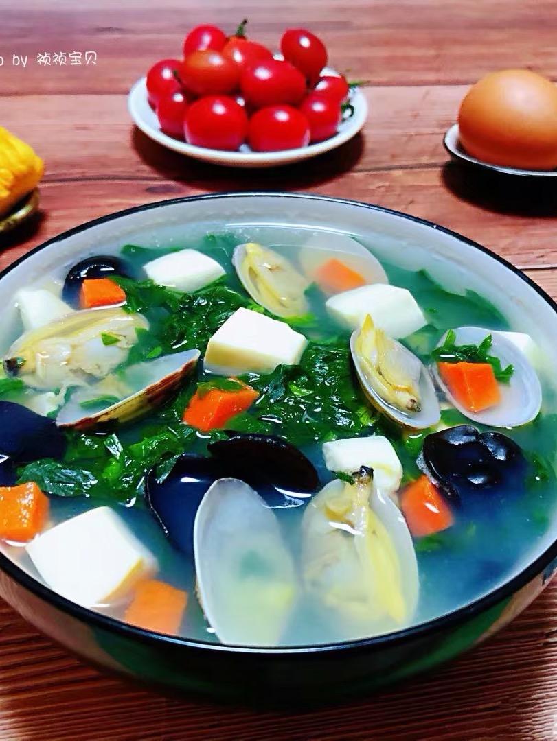 花蛤豆腐时蔬汤