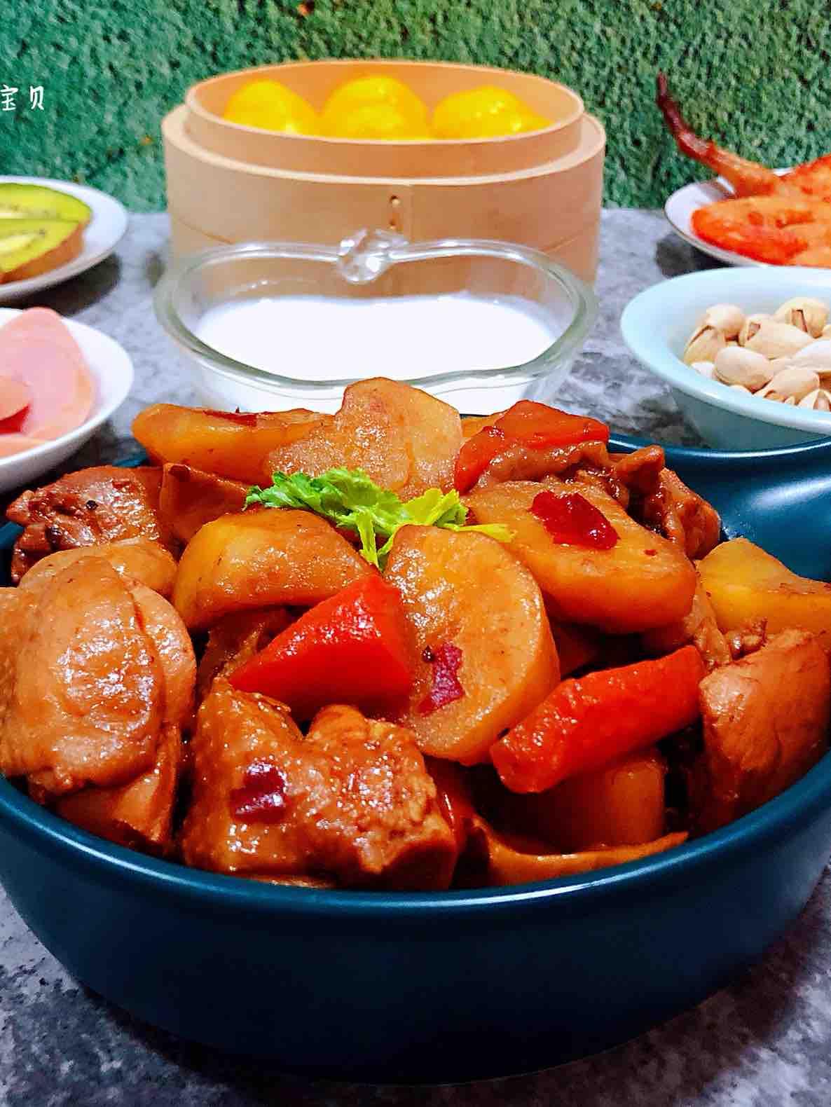 杏鲍菇土豆胡萝卜炖鸡腿