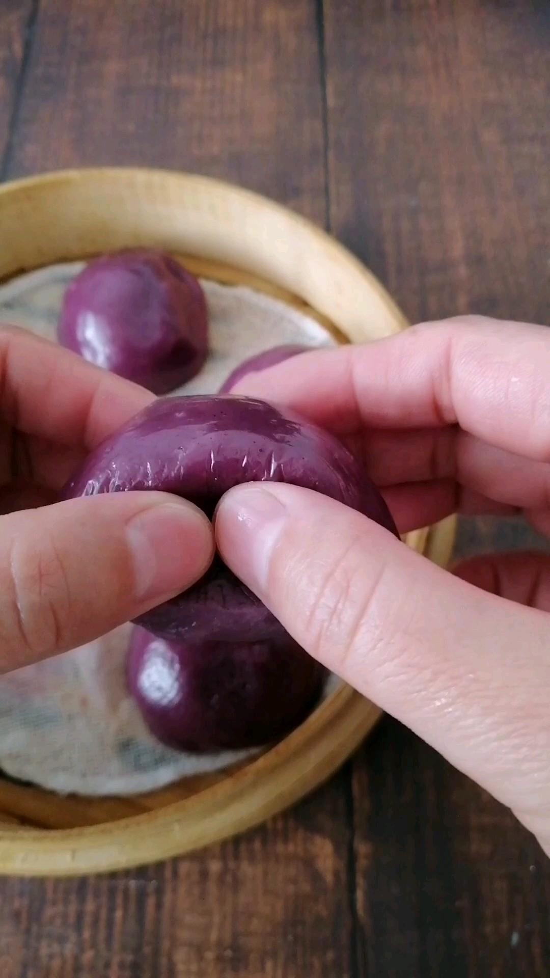 紫薯粘豆包