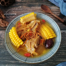 虫草花西洋参排骨汤