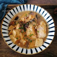 香菇豆腐炖草鱼