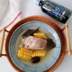 玉米海带骨头汤的做法