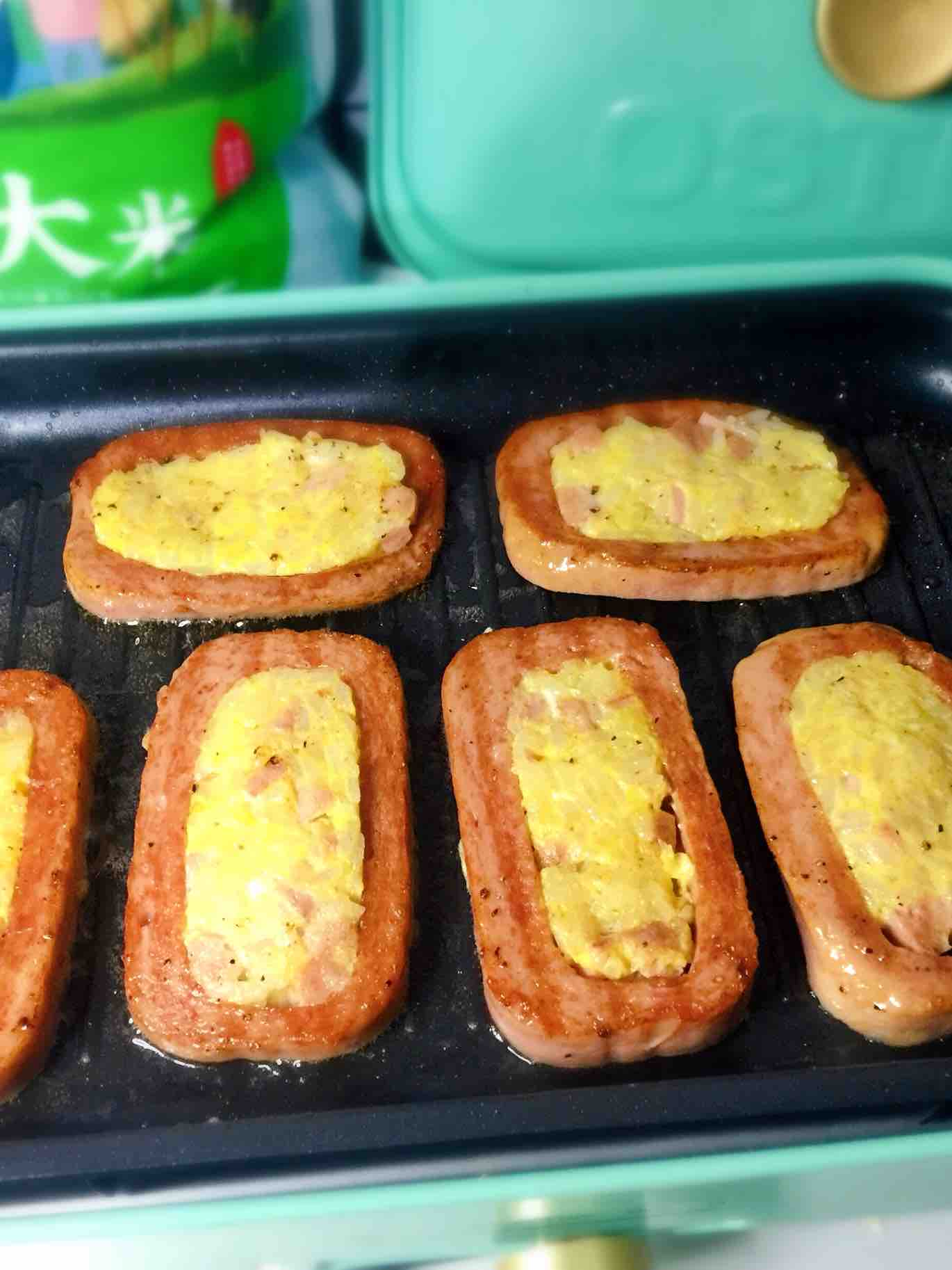 午餐肉大米饼