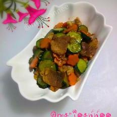黄瓜胡萝卜炒肉片