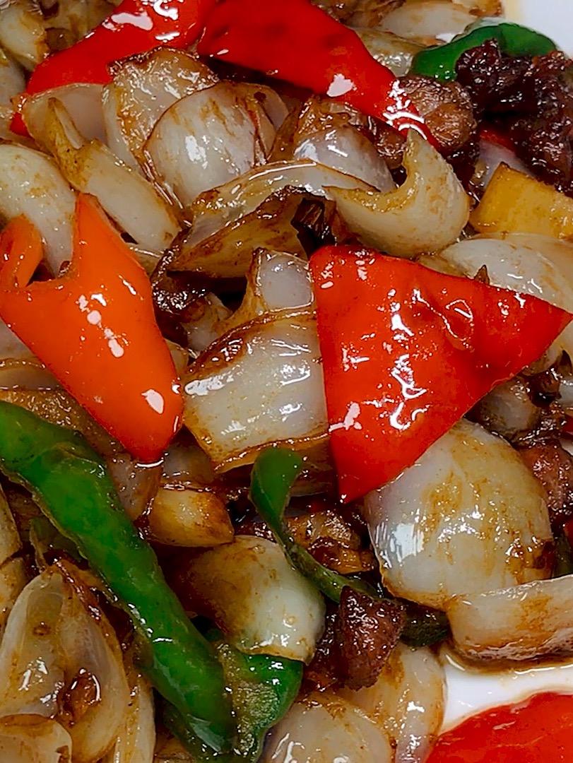 百合炒肉的做法