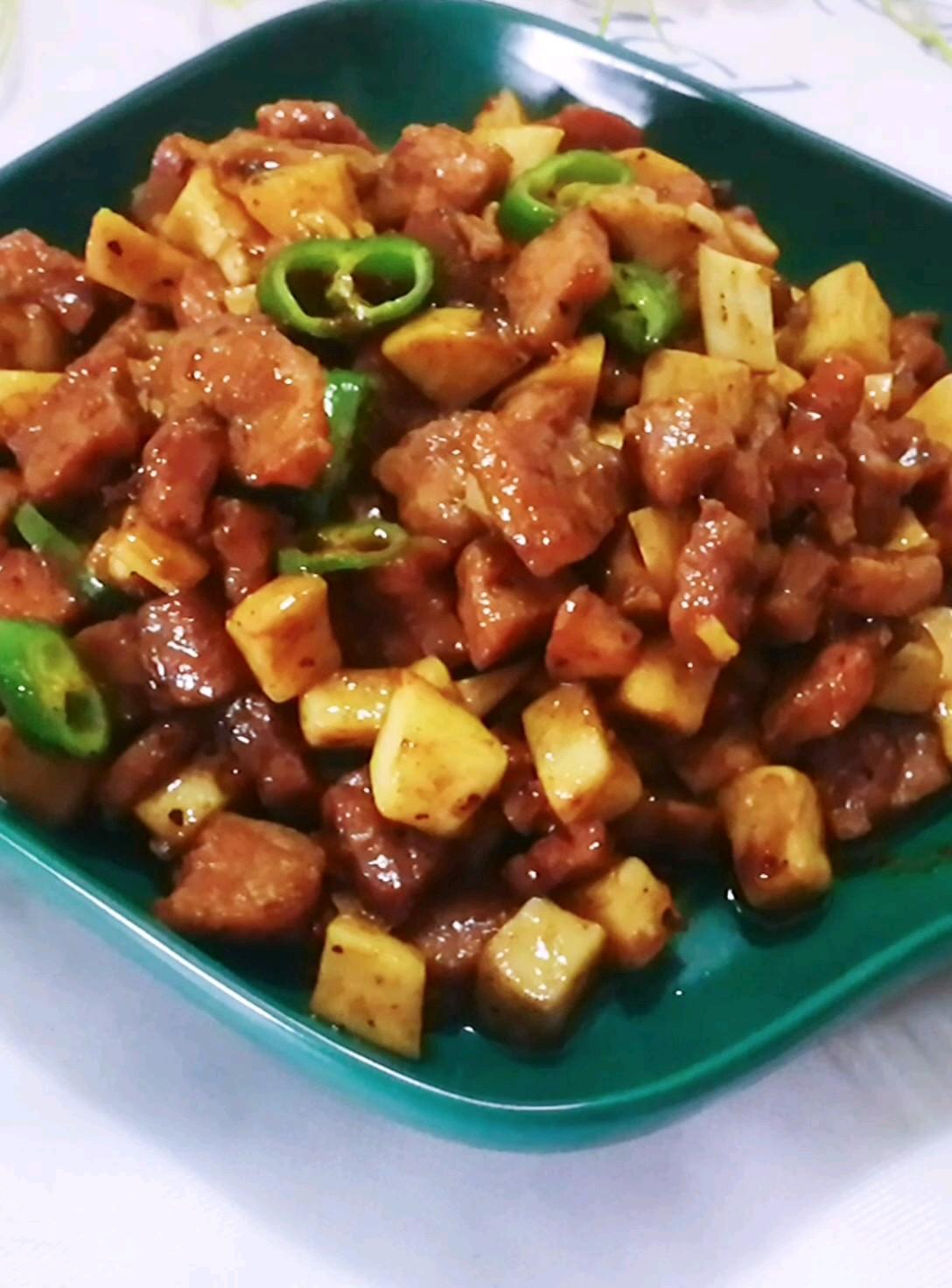 黑椒牛排炒杏鲍菇
