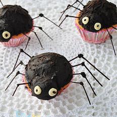 万圣节蜘蛛杯子蛋糕
