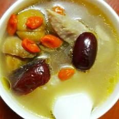 板栗红枣枸杞老母鸡汤