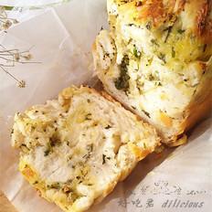 奶酪蒜香香草面包