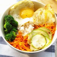 时蔬糙米拌饭