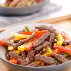 色彩鲜亮饱满的牛肉菜,孩子爱吃的——彩椒牛柳