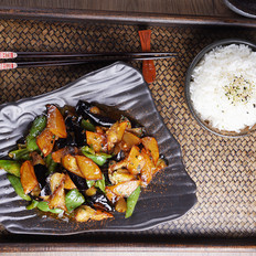 经典的东北家常菜——地三鲜