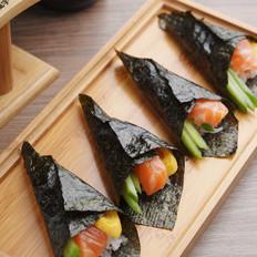 三文鱼手卷寿司