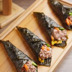 金枪鱼罐头手卷寿司的做法