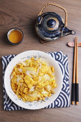 葱炒鸡蛋的做法