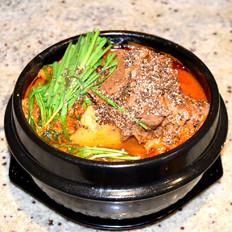 韩式猪骨土豆汤