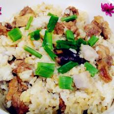 排骨芋头香菇焖饭