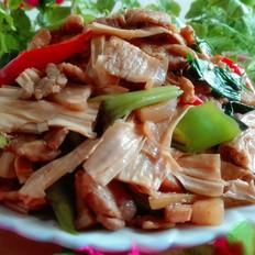 腐竹焖五花肉
