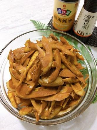油焖春笋,适时食鲜的做法