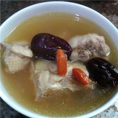 西洋参红枣枸杞母鸡汤