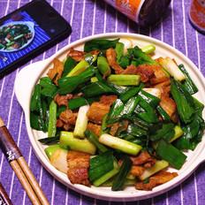 沙茶五花肉炒蒜苗--能让你多吃一碗饭的下饭菜
