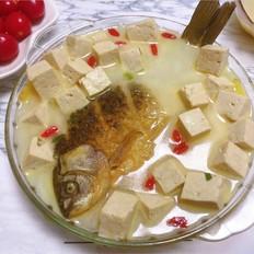 【秋季最强补钙汤品】奶白色鲫鱼豆腐汤
