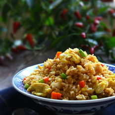 """""""蟹味""""酱油炒饭"""