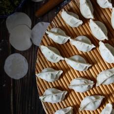 芹菜鸡蛋虾皮饺