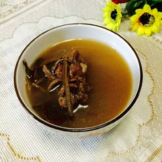 蕨菜干排骨汤