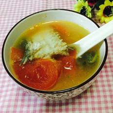 鱼骨番茄汤