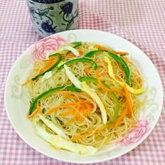 菜椒胡萝卜炒米粉