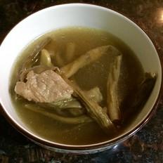 豆角干煲瘦肉
