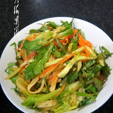 凉拌苣荬菜