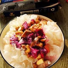 银耳牛肉肠水果沙拉的做法