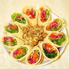 豆腐卷蘸酱菜
