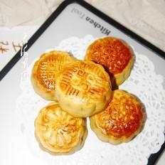 莲蓉馅广式月饼