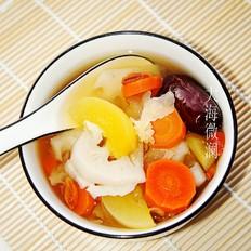 红枣银耳莲藕人参果汤