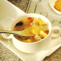 银耳苹果汤